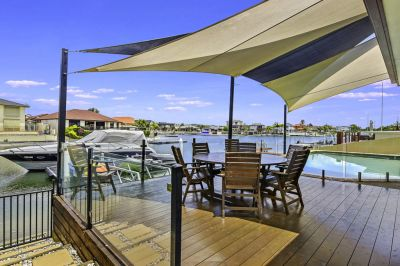 Wonderful Wide Water plus Ultimate Family Home