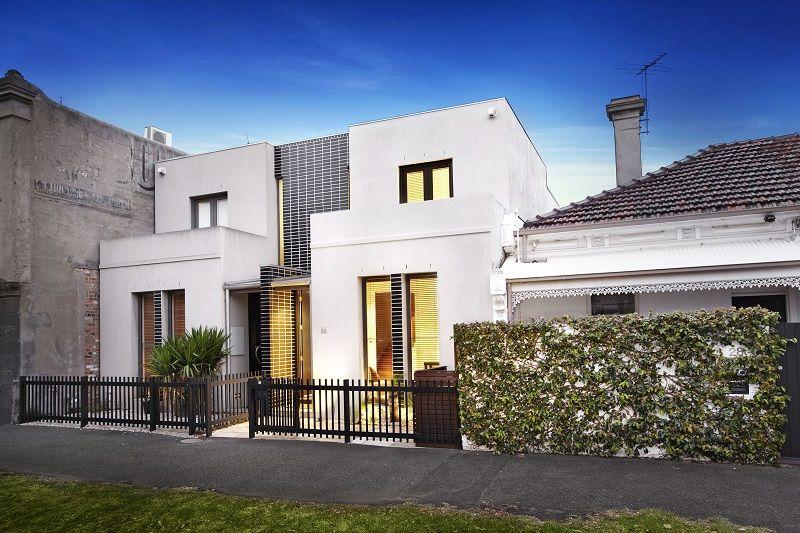 Contemporary Bayside Home