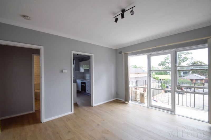 SUPERBLY RENOVATED APARTMENT