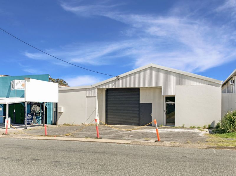 580m2 approx warehouse opportunity in tightly held Marcia/June Street Industrial Precinct