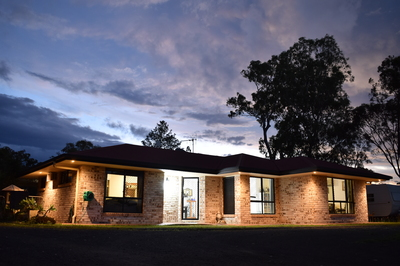 County lifestyle City convenience - with Guest Quarters!