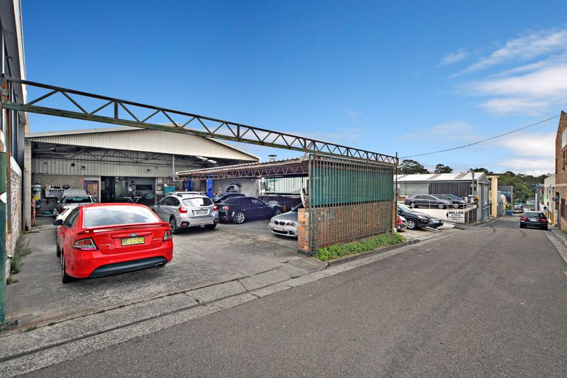 SOUGHT AFTER FREESTANDING INDUSTRIAL BUILDING IN ARTARMON