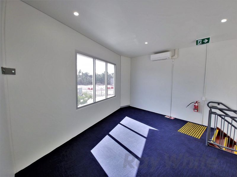 69m2* BRIGHT & FRESH, NEAR NEW TINGALPA OFFICE