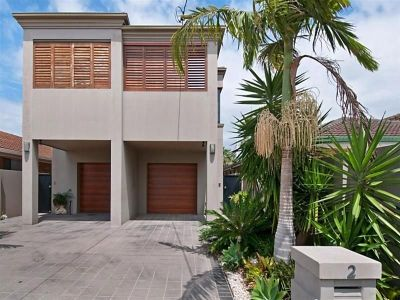 Double Storey 3 Bedroom Duplex in the Heart of Miami