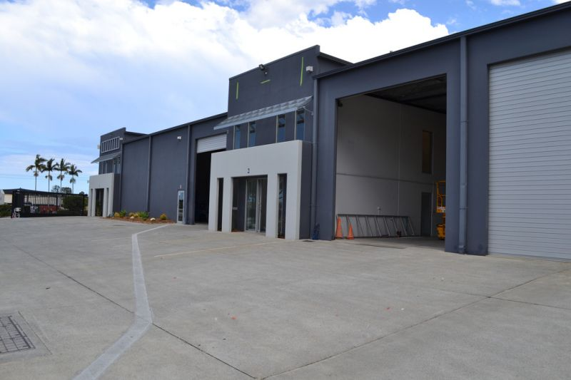 Corporate Warehouse With Premium Office Space