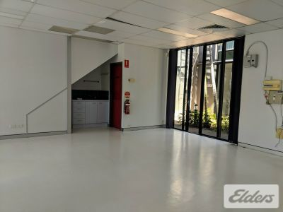 TIDY, OPEN PLAN, GROUND FLOOR OFFICE/CONSULTING.