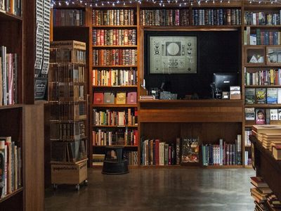 A BOOKLOVERS PARADISE IN THE CBD $190,000 INC STOCK