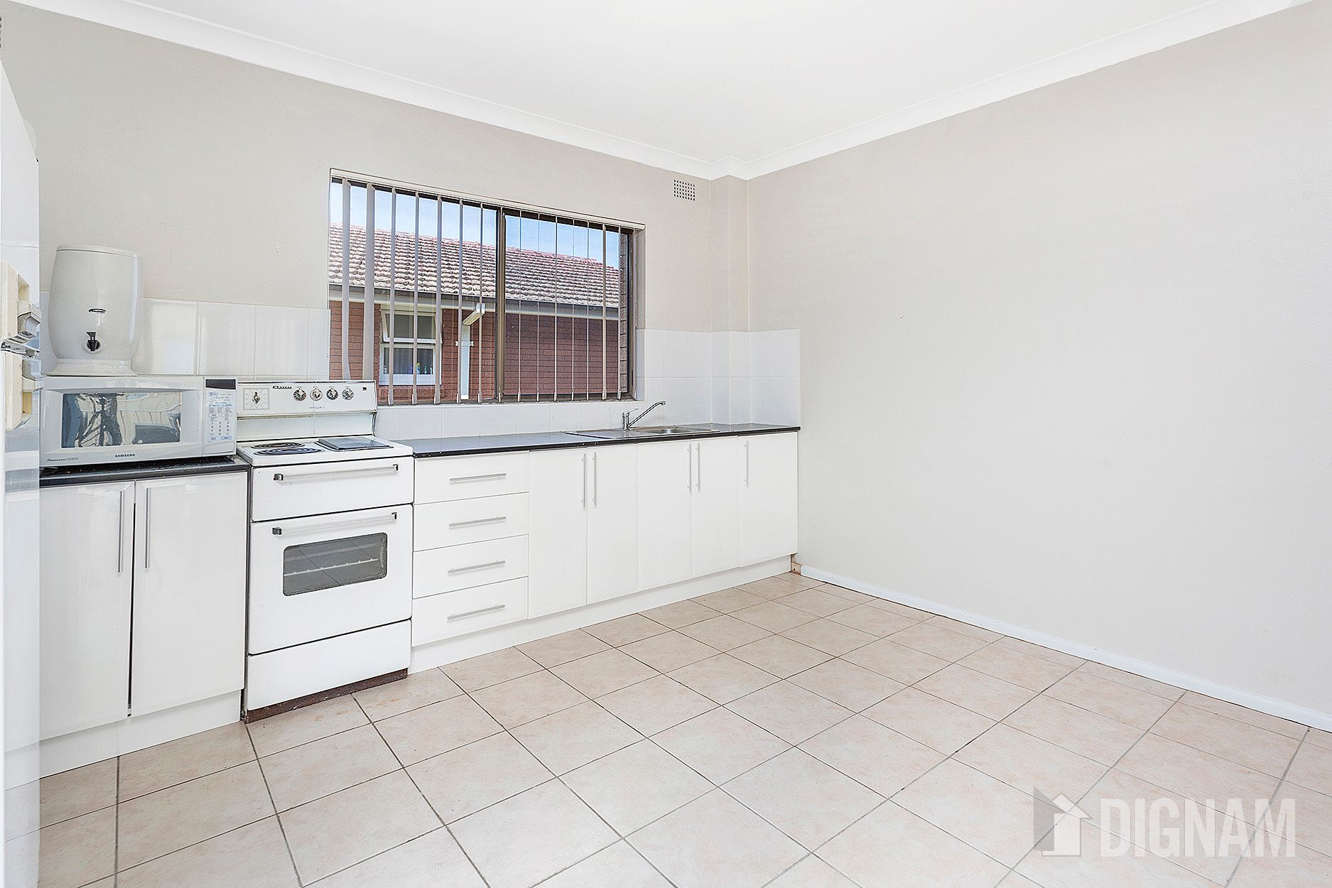2/7 St Lukes Avenue, Brownsville NSW