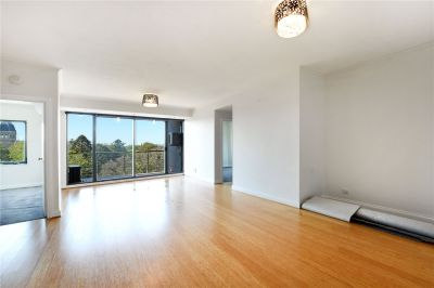 Spring Street Towers: Marvellous Two Bedroom Apartment For Your Inner City Living!