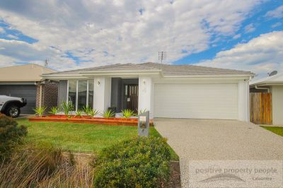 2 Separate Living - Immaculately Presented!