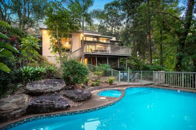 Tranquil family entertainer with pool close to schools and transport