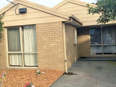 Fantastic Yarraville Location!  Freshly Painted. Inspect Today!