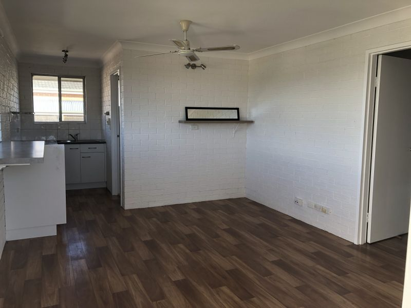 Cardow & Partners Property exclusively offers this top floor unit for rent in Sunny Sawtell!