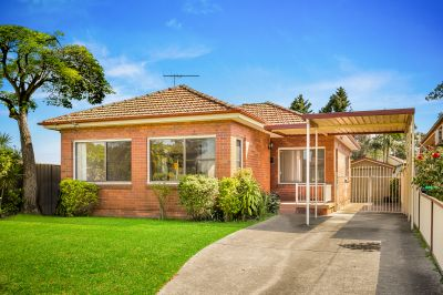 Spacious family home with 12.8m frontage set on a level 537.5sqm block