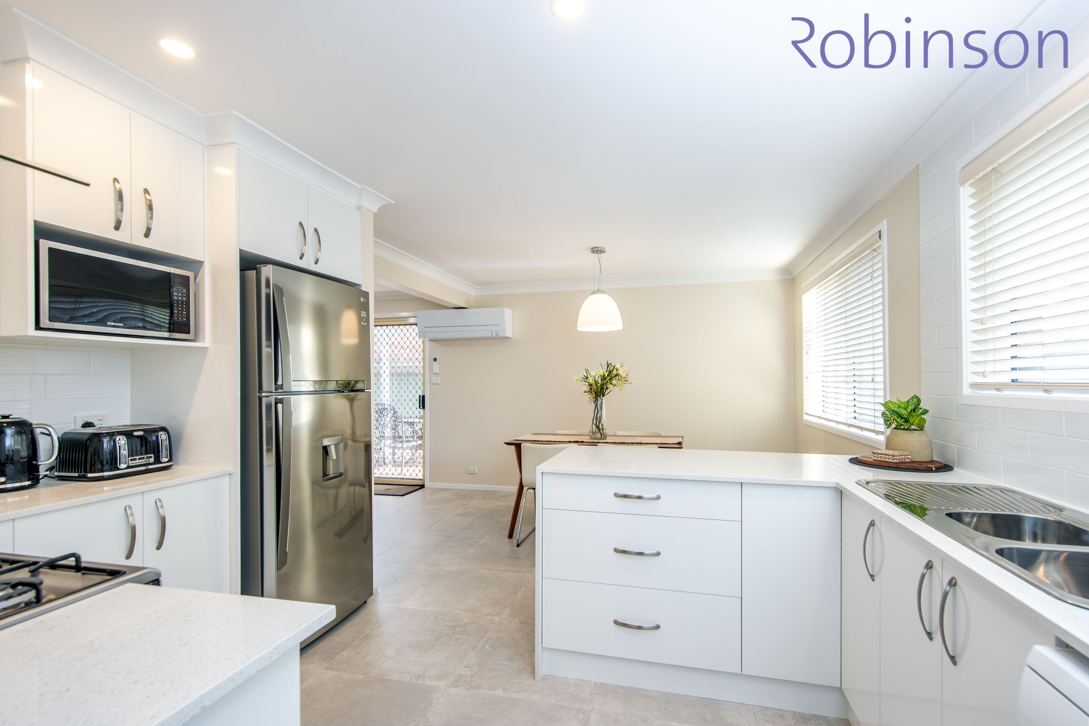2/300 Darby Street, Cooks Hill