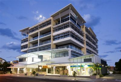 PREMIUM COMMERCIAL OFFICE WITH OCEAN & HARBOUR VIEWS   MOOLOOLABA