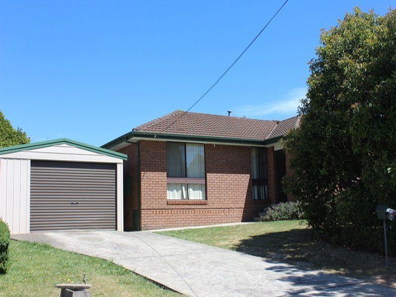3 bedroom home with Central Heating