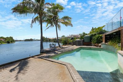 Sensational North Facing Water Front Home