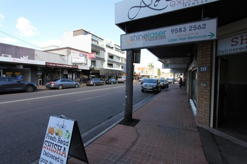 LEASED BY MITCH BROWN & RYAN MCMAHON - 45m² - Retail/Office