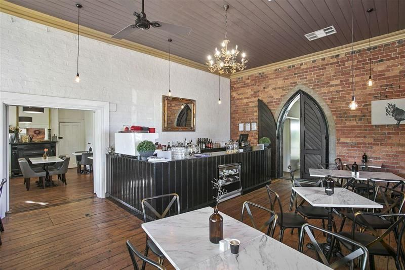 HISTORIC SALINGERS CAFE' & GUEST ACCOMMODATION