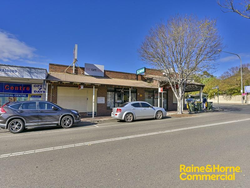 Prime 79m² Retail or Office Space on Queen Street