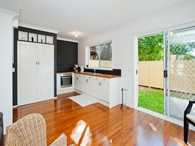 Fully Renovated Townhouse in Pet-Friendly Complex!