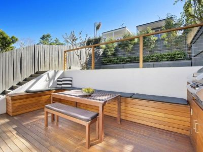 Stylish Parkside Family Home with North Facing Gardens