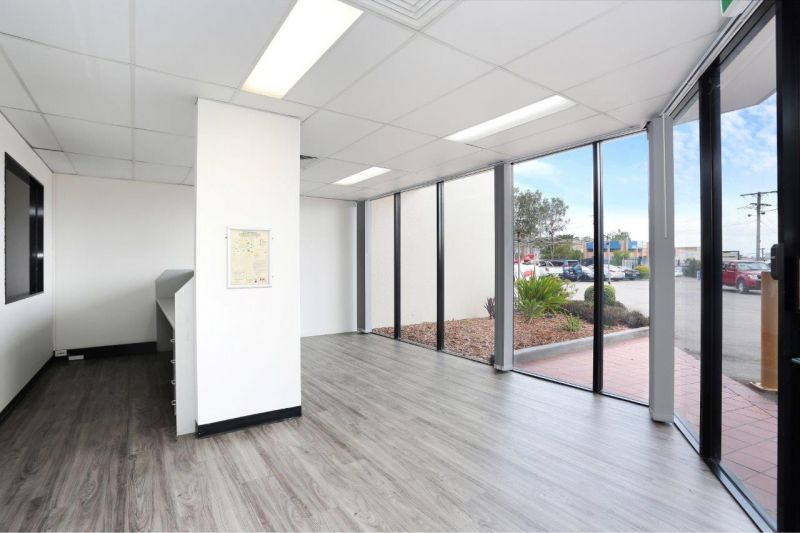 400sqm Corporate Office/Warehouse
