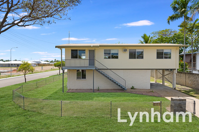 Highset home close to everything!