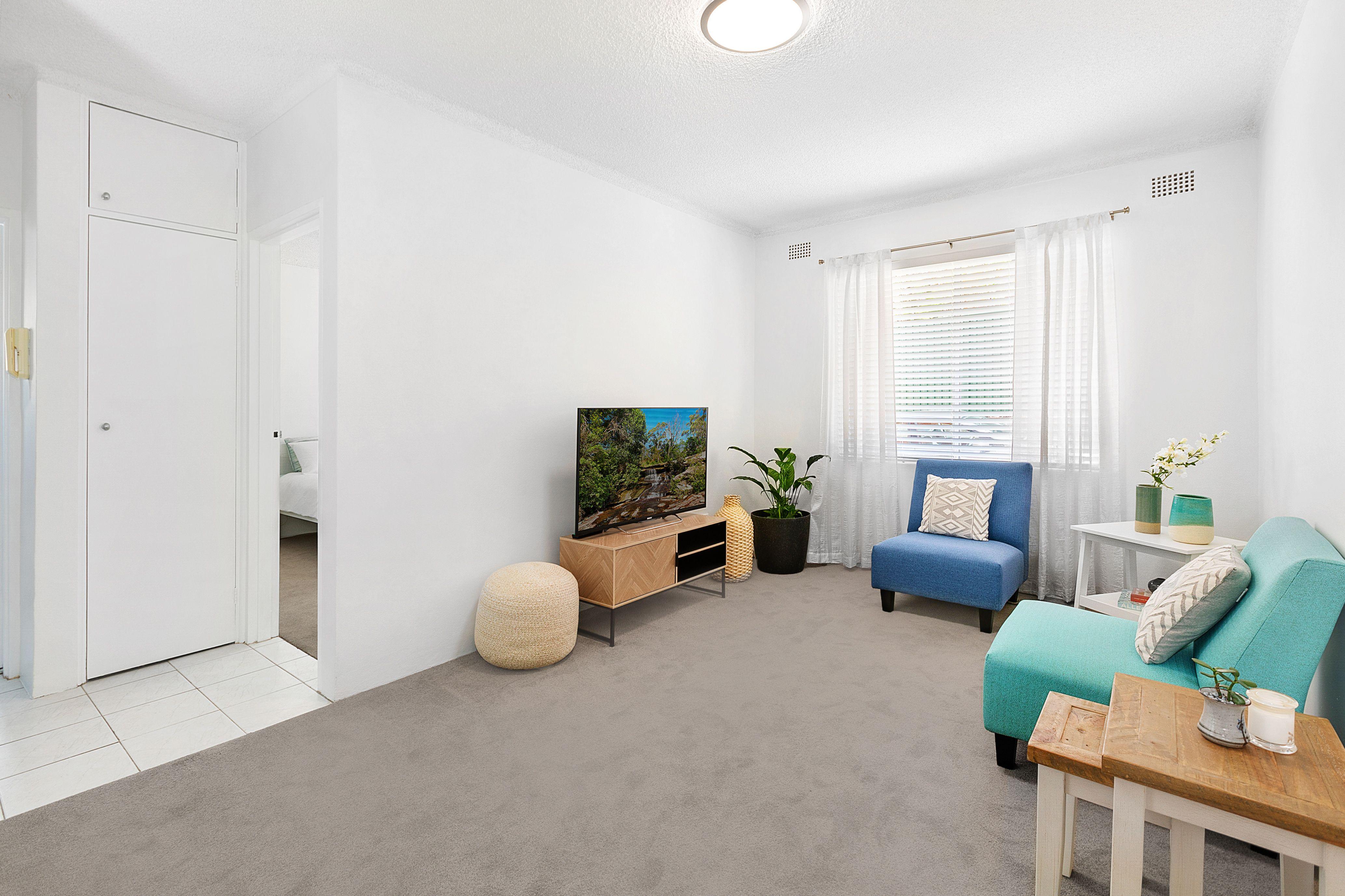 2/11 Bayley Street, Marrickville NSW 2204