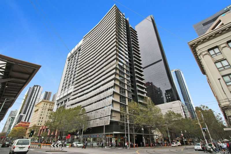 PRIVATE INSPECTION AVAILABLE - Furnished Two Bedroom on Collins- Convenient & Stylish