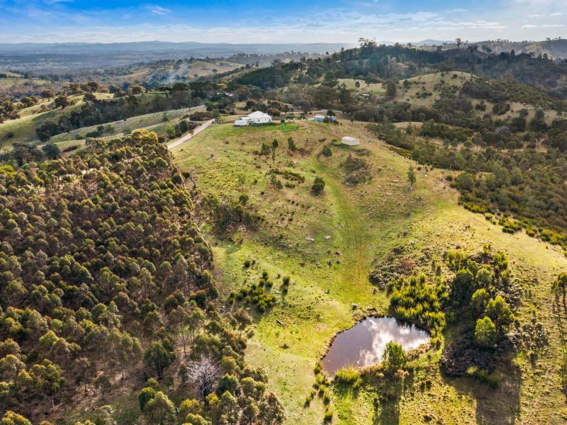 For Sale By Owner: 25 Lemarne Road, Broadford, VIC 3658