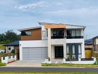 5 Bedroom House Newly Built - Luxurious  King Living at Box hills