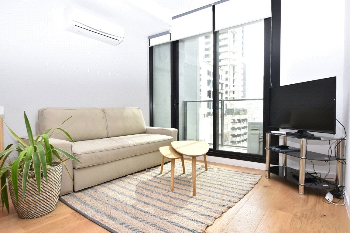 Upper West Side: 6th Floor - Fantastic Inner City Apartment!
