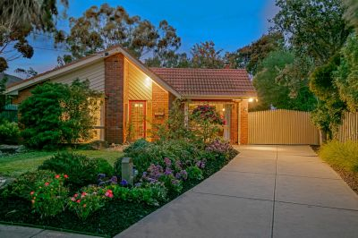 Overflowing with Character in a Prized Pocket Altona Bay Location!