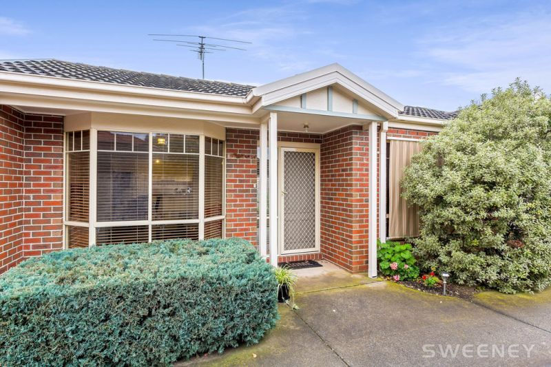 Ideally Located Bayside Living