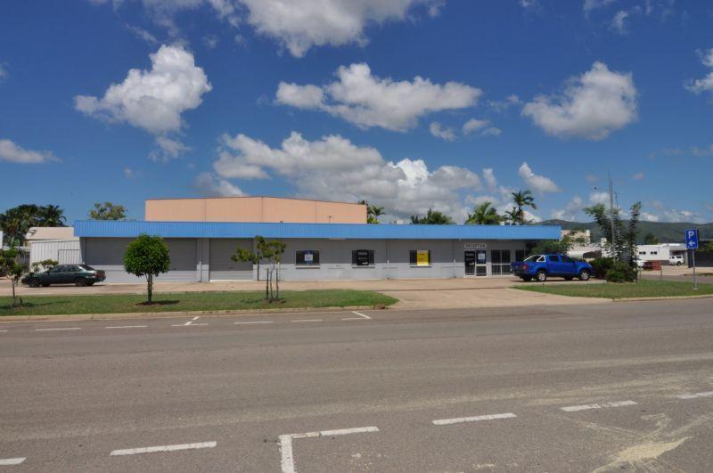 Versatile Kirwan office & warehouse building
