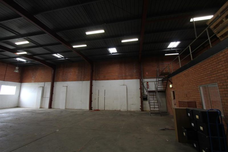 347m² Office/Warehouse on Forest Road