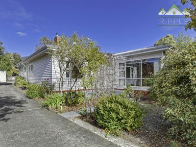 LIFESTYLE AND LOCATION WITH ENORMOUS POTENTIAL!