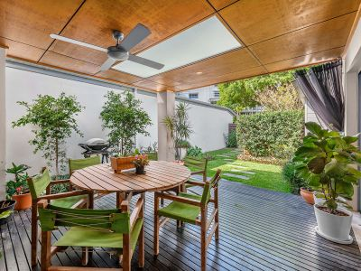 Luxury Parkside Home - Garden Maintenance Included