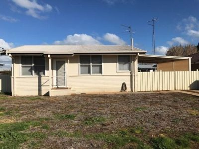 LOCKHART, NSW 2656