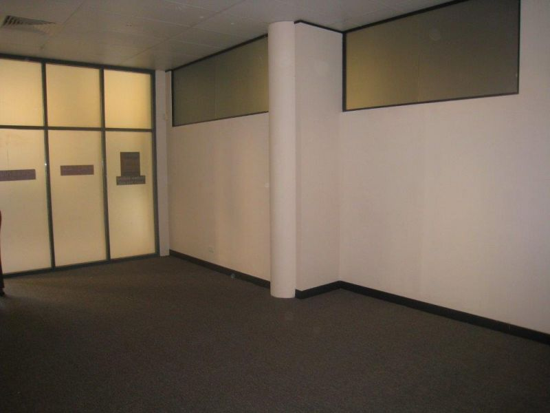 QUALITY GROUND FLOOR PROFESSIONAL  SUITE - PRICE DROPPED