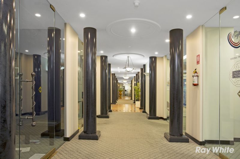 ST KILDA ROAD OFFICE INVESTMENT IN IMMACULATE BUILDING - **HUGE PRICE REDUCTION**