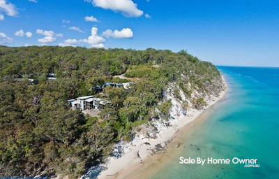 Fraser Island Executive Beach Front Home