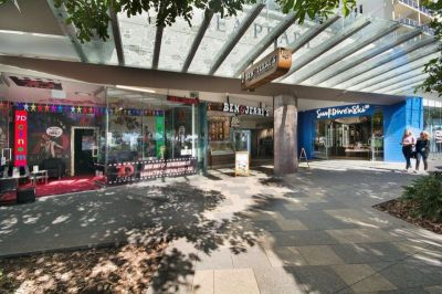 LAST PRIME MOOLOOLABA ESPLANADE RETAIL AND OFFICE SPACE