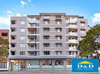 Modern 2 Bedroom Apartment in Great Location. Walk To Parramatta Station and Westfield Shopping. Car Space Included.