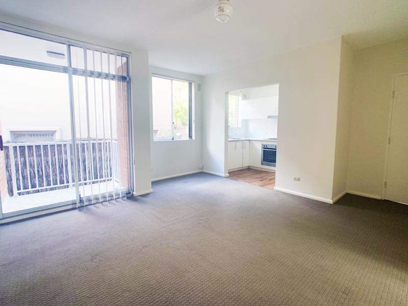 Spacious Apartment in Peaceful Setting