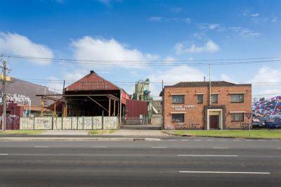Main Road Storage Warehouse