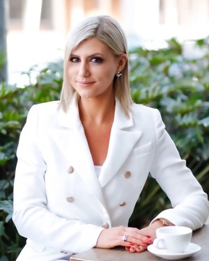 Sarah Khazma Real Estate Agent