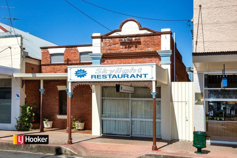 Restaurant Opportunity Main Street